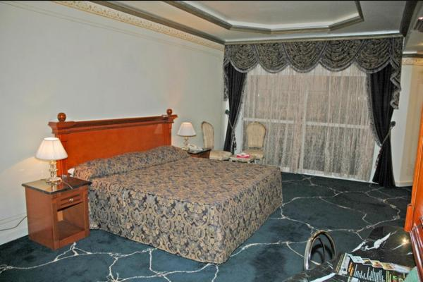 Presidential Suite with 3 bedrooms