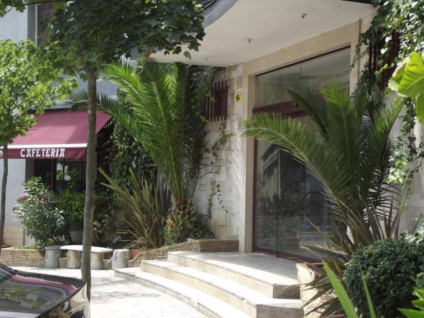 Hotel Pictures: Hotel San Blas, Abadiano Celayeta