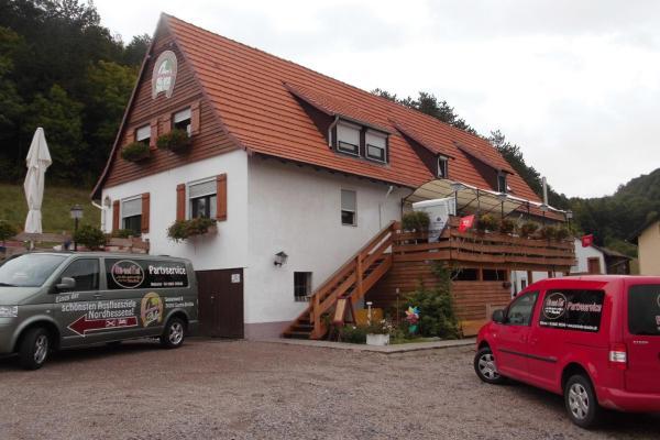 Hotel Pictures: Hotel Garni Bergstation Schmeddnalm, Sontra
