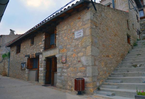 Hotel Pictures: Casa-Refugi El Boixar, Bojar