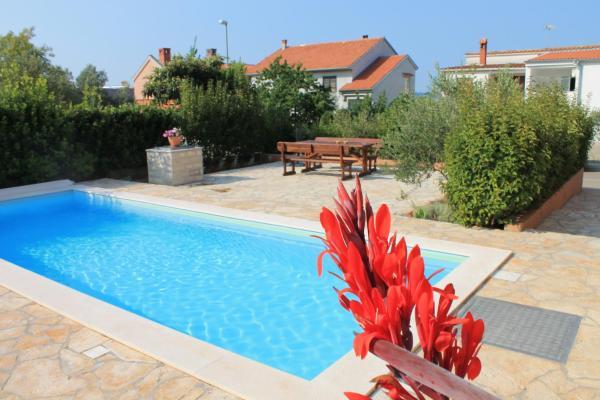 Zdjęcia hotelu: Apartments Lara & Luka, Zadar
