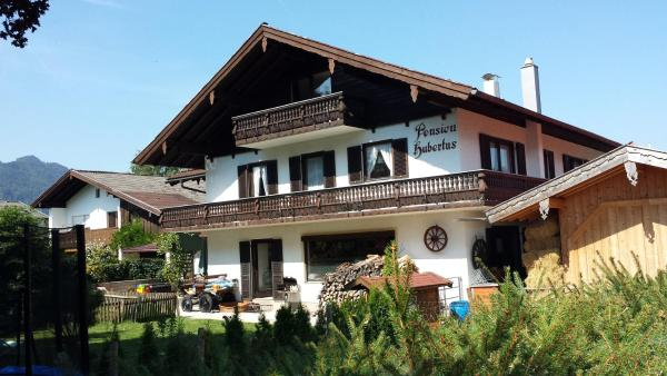 Hotel Pictures: Wellness Pension Hubertus, Marquartstein