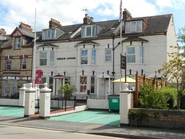 Hotel Pictures: Cedar Lodge Hotel, Exeter
