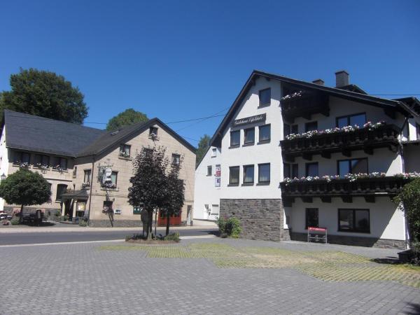 Hotelbilleder: Hotel Restaurant Eifelstube, Weibern