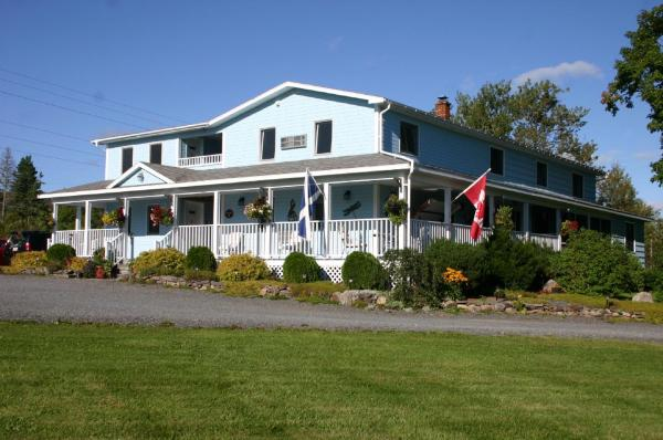 Hotel Pictures: Auld Farm Inn B&B, Baddeck