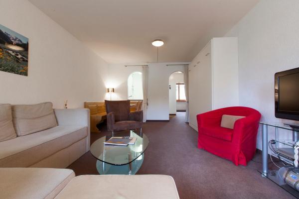 Hotel Pictures: Residenz Alpina 115, Lenzerheide