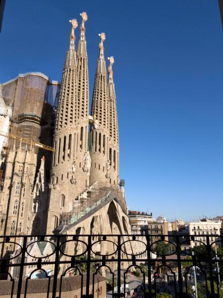 Two-Bedroom Apartment - Avenida Gaudí 66