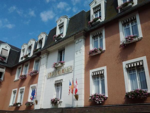 Hotel Pictures: Hotel Le Lion D'Or et Restaurant La Table Du Lion, Bayeux