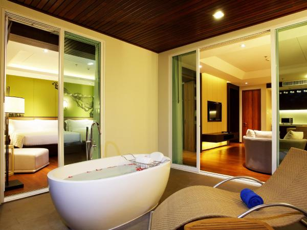Moken Suite with Pool View