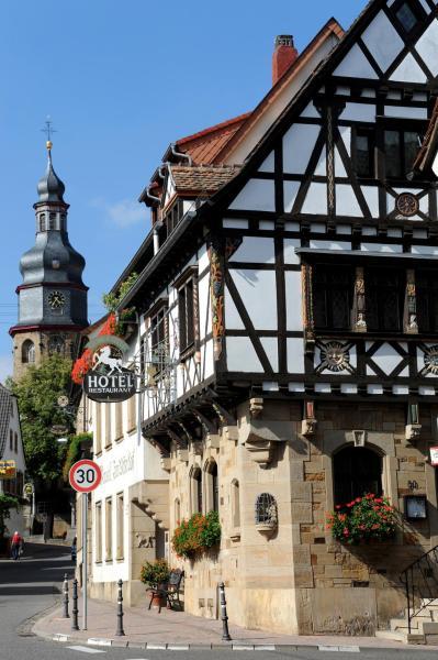 Hotelbilleder: Weinkastell Zum Weissen Ross, Kallstadt