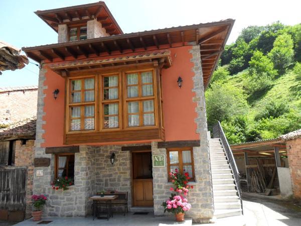 Hotel Pictures: Apartamentos Rurales Los Villares, Colunga
