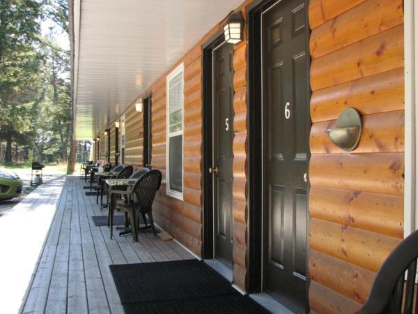 Hotel Pictures: Springbrook Resort Motel & Cabins, Skookumchuck