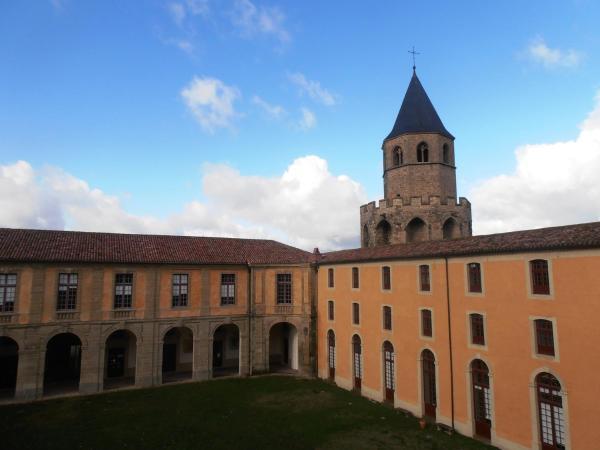 Hotel Pictures: L'Abbaye Ecole de Sorèze, Sorèze