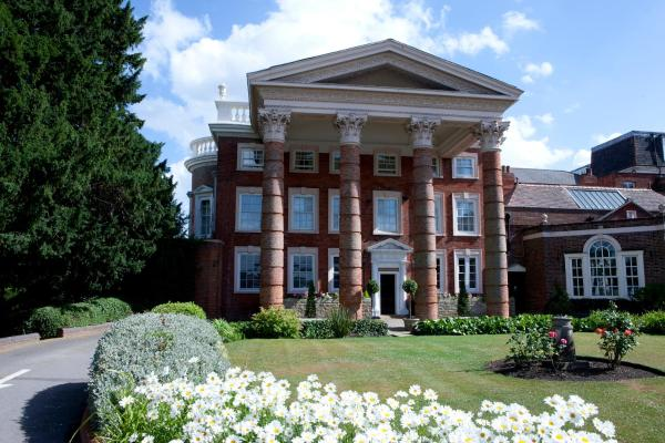 Hotel Pictures: Hendon Hall, Barnet