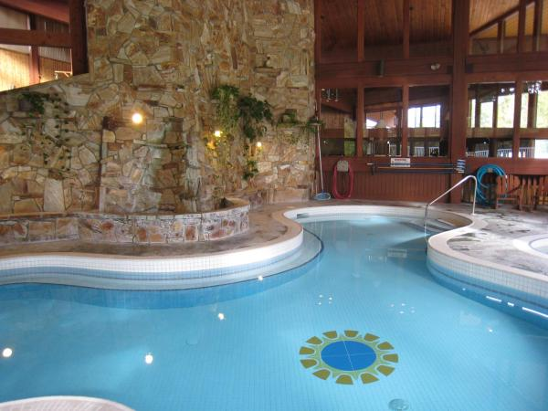 Hotel Pictures: Fairmont Villas Mountainside, Fairmont Hot Springs