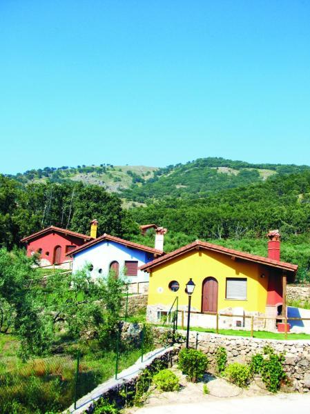 Hotel Pictures: , Casas del Monte