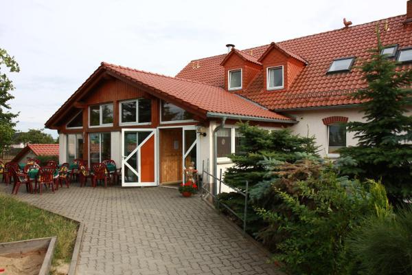 Hotel Pictures: Regenbogenhof Rudelswalde, Crimmitschau
