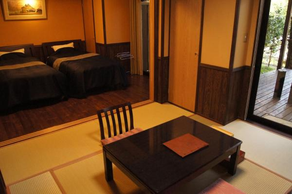 Room with Tatami Area and Open-Air Bath