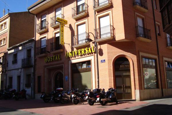 Hotel Pictures: Hostal Universal, Benavente