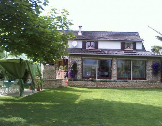 Hotel Pictures: La Maison Ardennaise, Chalandry-Élaire