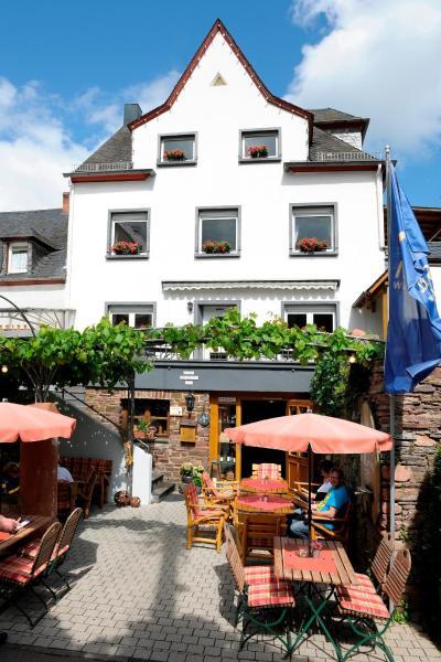 Hotel Pictures: Wein- und Gästehaus M. Bai, Mesenich