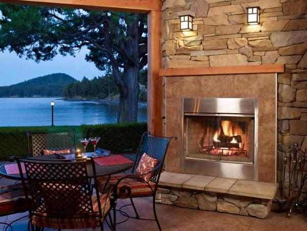 Hotel Pictures: Galiano Oceanfront Inn & Spa, Galiano