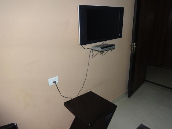 Standard Double Room - Non Aircon