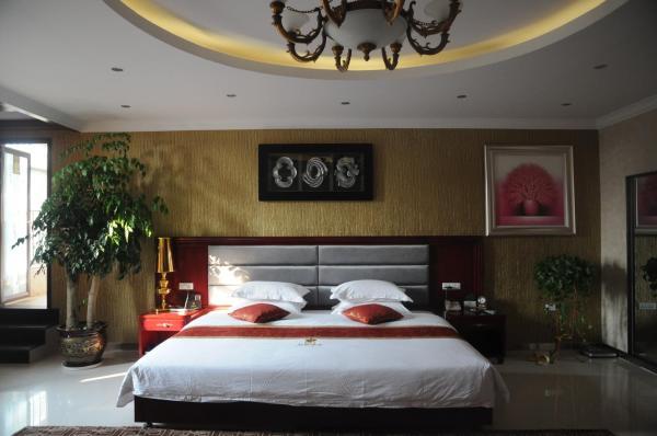 Mainland Chinese Citizen - Deluxe Queen Room