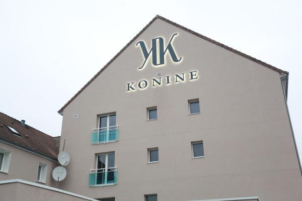 Hotel Pictures: LE KONINE - MONTCEAU LES MINES, Montceau-les-Mines
