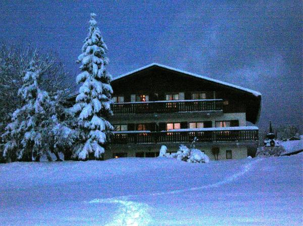 Hotel Pictures: , Notre-Dame-de-Bellecombe