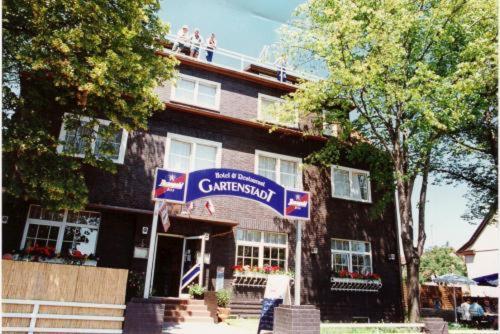 Hotel Pictures: Hotel and Restaurant Gartenstadt, Erfurt