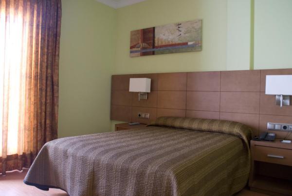 Hotel Pictures: Hotel 4C Puerta Europa, Madrid