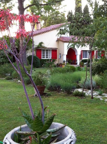 Hotel Pictures: Chambres en Provence, Tarascon