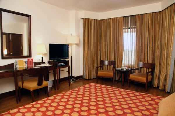 Palm View Executive Room
