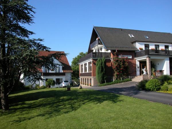 Hotel Pictures: Hotel Landhaus Lahmann, Bad Eilsen