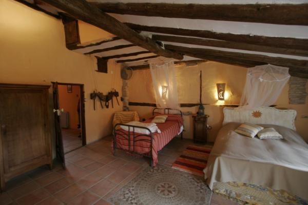 Hotel Pictures: Casa Loriente, Murillo de Gállego