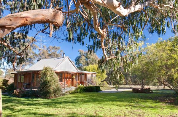 Fotos do Hotel: Bluegum Ridge Cottages, Merrijig