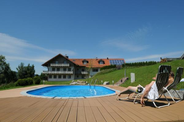 Hotel Pictures: Ferienappartements Fronhof - Adults only, Viechtach