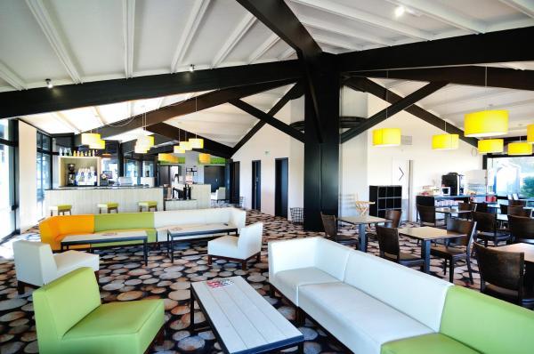 """Hotel Pictures: Relais Fasthotel """"La Couchée"""" Avignonet, Avignonet-de-Lauragais"""
