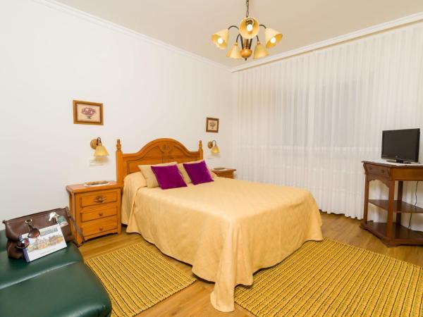 Hotel Pictures: Apartamentos Ribadeo, Ribadeo
