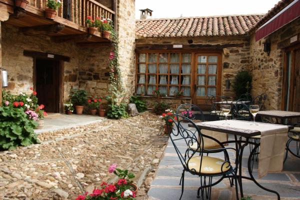 Hotel Pictures: Casa Pepa Hotel Rural, Santa Colomba de Somoza
