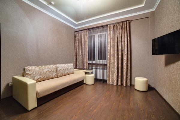 Superior One-Bedroom Suite