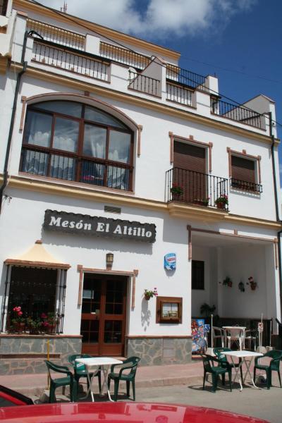Hotel Pictures: Apartamentos Sierra del Hacho, Montejaque