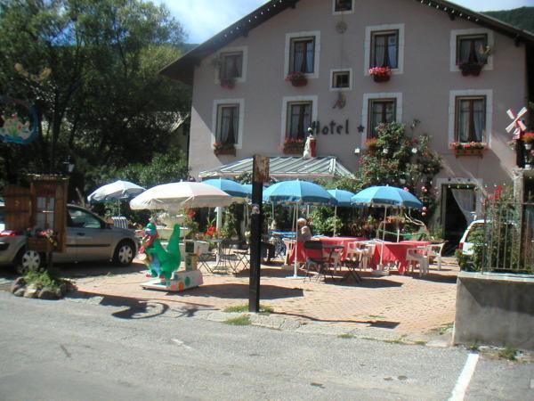 Hotel Pictures: Le Chatelas, La Salle Les Alpes