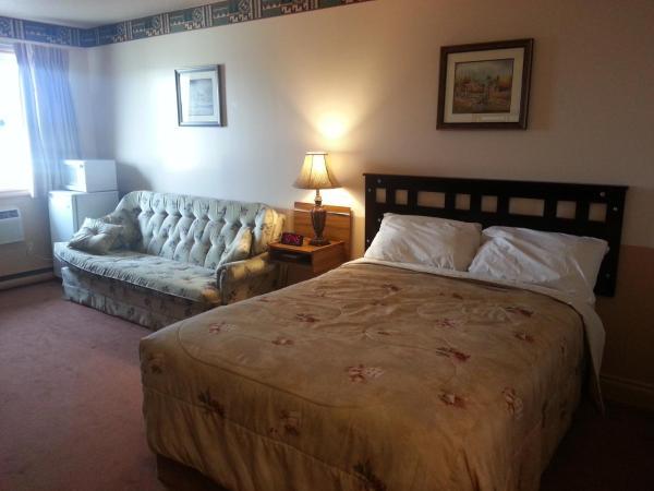 Hotel Pictures: Traveller's Inn, Dawson Creek