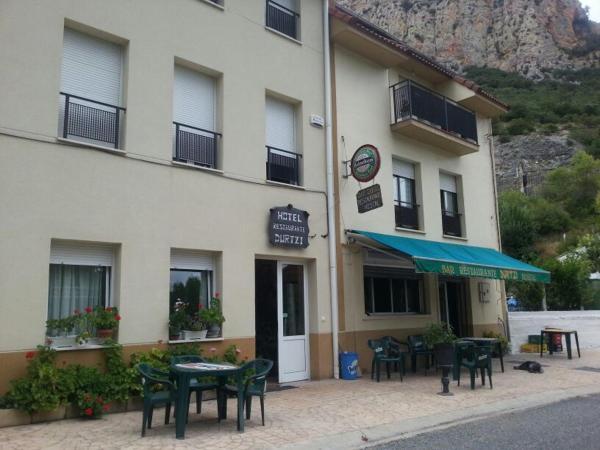 Hotel Pictures: Hotel Durtzi, Sobrón