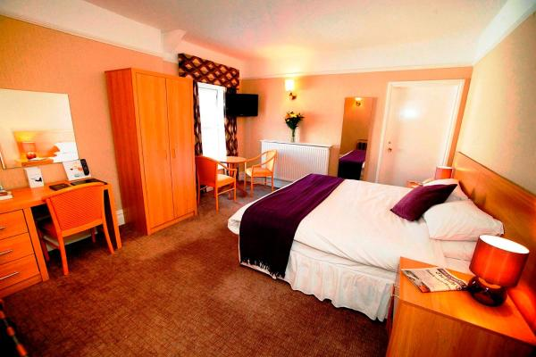 Hotel Pictures: Castle Hotel, Neath