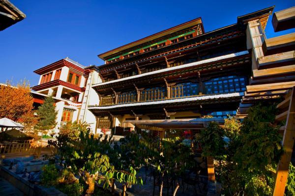 Hotel Pictures: Songtsam Lodges - Songtsam Shangri-la - Lv Gu Hotel, Shangri-La