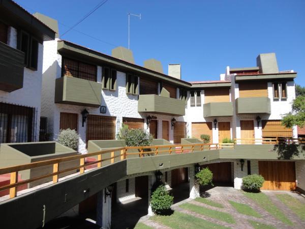 Фотографии отеля: Triplex N° 2 en San Bernardo, San Bernardo