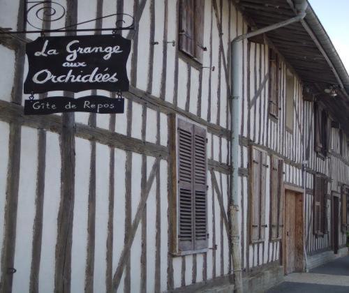 Hotel Pictures: La Grange aux Orchidées, Bussy-le-Repos